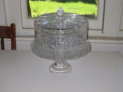Bohemia Lead Crystal over 24% PBO cake stand with cover
