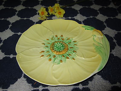 Carlton Ware Buttercup Pattern Dinner Plates Yellow