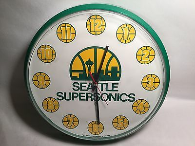 Vintage Seattle Supersonics Wall Clock Battery Operated Tested