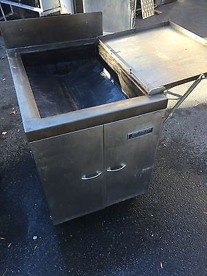 ANETS BFF18X26A Natural Gas DONUT FRYER Used