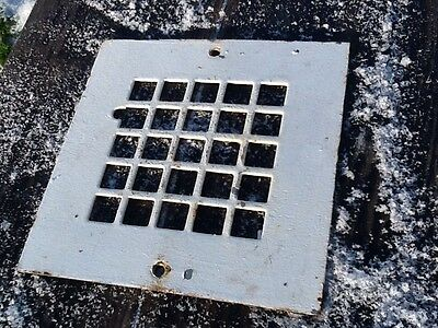 "Vintage Small Cast Metal Floor / Wall Heating Grate - 8"" X 8"" - Very Good"