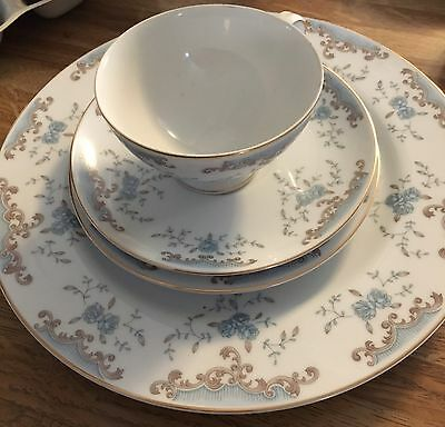 4 Piece Place Setting, Imperial China. W. Dalton, 5303, Seville