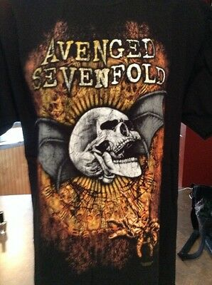 mens avenged sevenfold band t shirt   size large w/ skull   concert tee