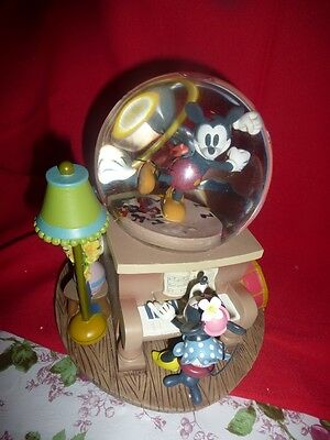 Mickey & Many Friends Musical Note Snowglobe.  As New
