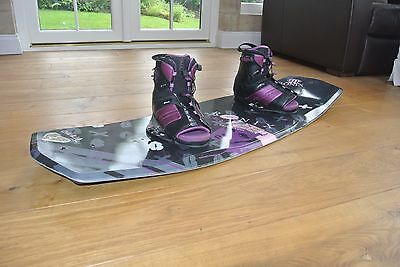 Ronix Dahlia Wakeboard and Bindings