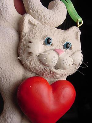 "KITTY CAT holding RED HEART w "" WHISKERS"" CHRISTMAS TREE ORNAMENT Kurt Adler"