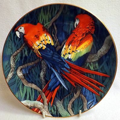 Wedgwood, Threatened Birds of The Tropical Forests, Scarlet Macaw