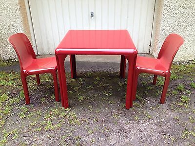 1960's Retro Table and Chairs By Vico Magistretti