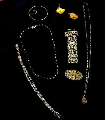 Collection Of Baltic Amber Silver & Gold Plate Jewellery