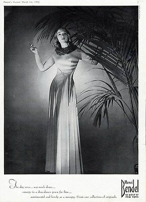 EVENING GOWN - HENRI BENDEL New York AD 1942 - Pretty Long Sleeved Dine Dress