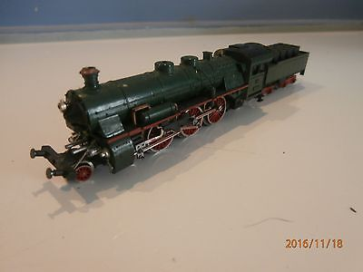 Green Steam Locomotive ........4-6-2.......arnold Rapido.......n Scale