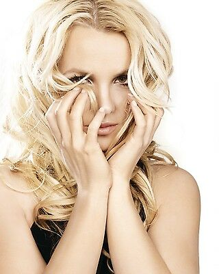 Britney Spears Unsigned 8x10 Photo (118)