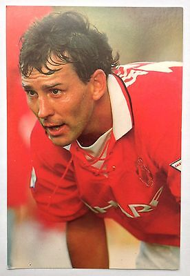 Bryan Robson 1994 Manchester United Postcard