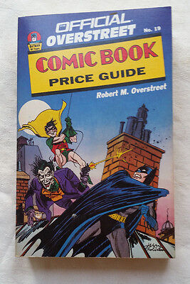 Overstreet Comic Book Price Guide Volume 19 softcover Batman Edition
