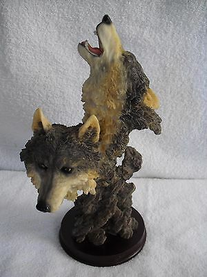 Howling Wolf with Mate Head Statue 10.5 in Cherry Wood Base