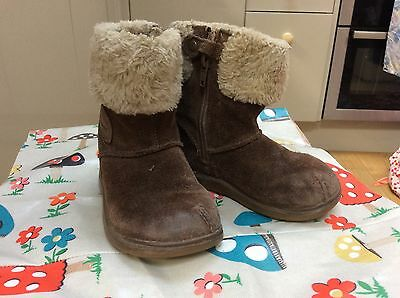 Clarks Girls Boots Size 6F