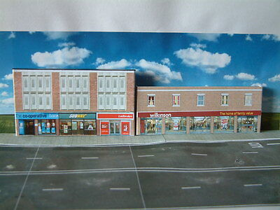 """N"" Gauge Low Relief Store (Wilkinson) and Others Self Assembly Card Kit ."