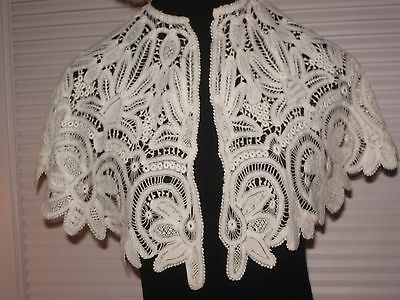 Antique vintage wide lace collar exceptional beautiful design