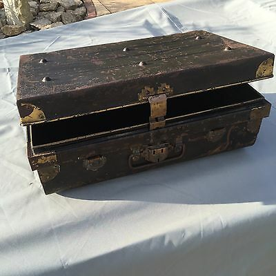 Antique Metal Steamer Trunk Storage Coffee Table quirky