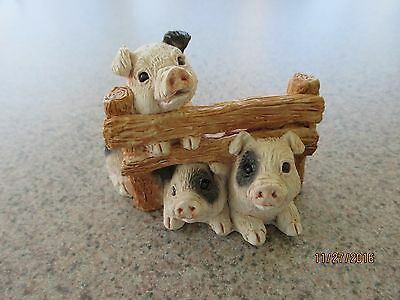 Stone Critters, Three Pigs in Fence Figurine