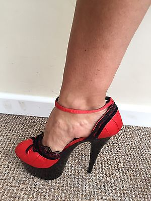 New Fever Scarlet Erotic High Heels Red & Black Trimmed Lace Ankle Strap Size 7