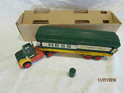 VINTAGE1975 HESS TRUCK  1 Barrel & Box Bottom Really Rough Condition