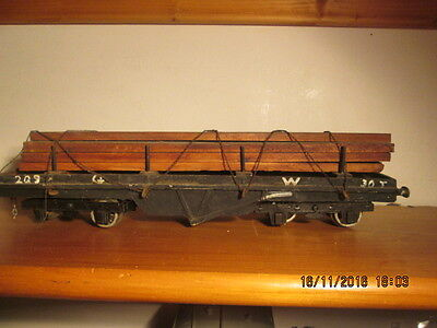 0 Gauge A Pair Of Scratch Built Bogie Wagons With Loads