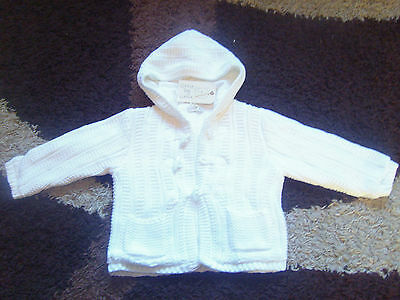 Knitted hooded jacket in white size 12 - 18 months