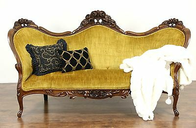 Victorian 1860 Antique Walnut Sofa, Hand Carved Roses