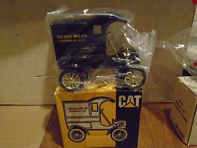 The Holt Mfg. Co. Licensed Product of Caterpillar 1989 ERTL Truck Bank 1905 Ford