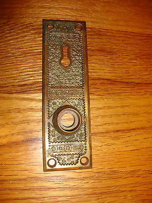 1 Antique Fancy Brass Victorian Door Plate Cover Eastlake Ornate Flowers Key VTG