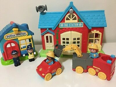 ELC Happy land Fire Station & Police Station + Accessories