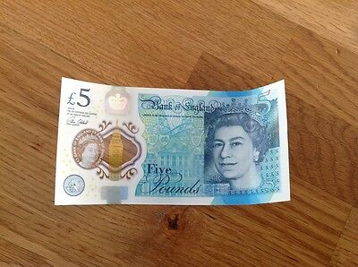 £5 note new, AB09