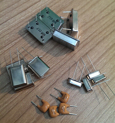 Crystal Oscillators - Cylindrical & HC-49S - PCB Mount (various values) 4 Pack