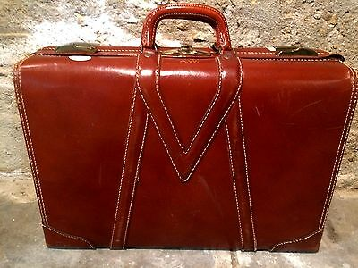 """Vintage Red - Brown Genuine Saddle Leather Suitcase Luggage USA 21"""" X 14"""" X 7"""""""