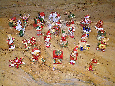 VILLEROY & BOCH 24 PIECE PORCELAIN ADVENT/CHRISTMAS COLLECTION perfect condition