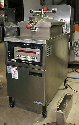 Henny Penny 600 with Computron 8000 Gas Pressure Fryer
