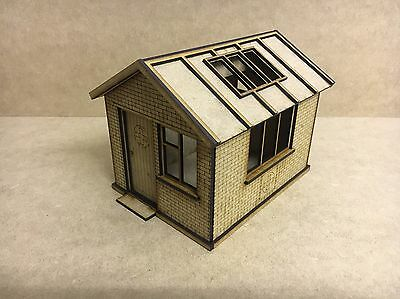 1/32 Scale First Aid Hut  Scalextric Or Magnetic Racing