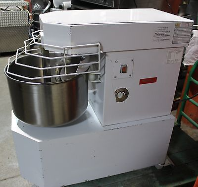 used Fleetwood Spiral mixer Model AME-25