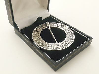 Sterling Silver Annular  Brooch By Alexander Ritchie   Marriage Or Ring Brooch