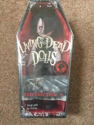 Damien Resurrection V Con Exclusive, Living Dead Doll ,Mezco New And Sealed