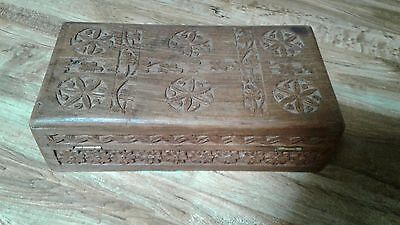 *antique Ventage Old Hand Carved Wooden Box*