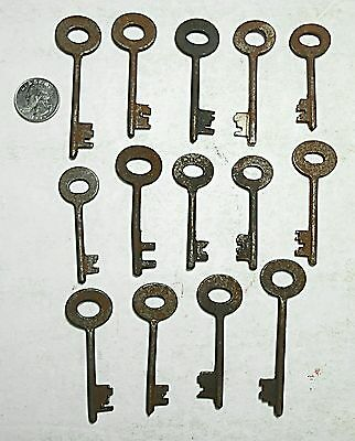 14 Ornate Lot of Replicas Skeleton Barrel Keys Antique Collectible Steampunk