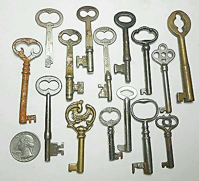 15 Antique Lot of Open & Solid Skeleton Barrel Keys Vintage Antique Collectible