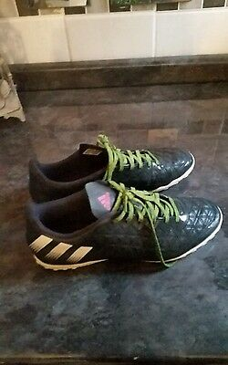 mens adidas football  trainers size 8