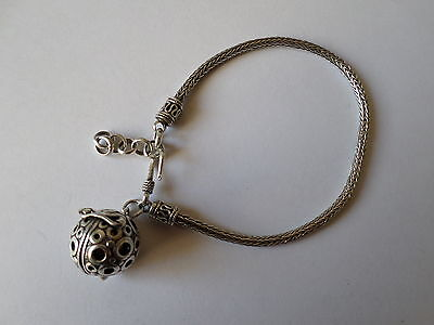 Lovely sterling silver bracelet with tinkling bell charm 11.7 grams