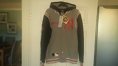 Majestic Cooperstown NY Yankees hooded baseball jacket new with tags
