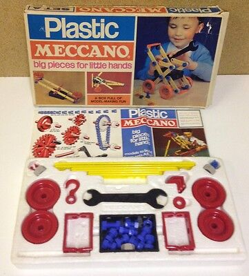 VINTAGE PLASTIC MECCANO SET A - WITH INSTRUCTIONS 1960's Construction Toys