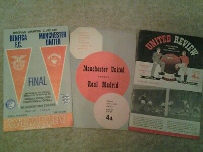 Manchester united football programmes x 3 1958