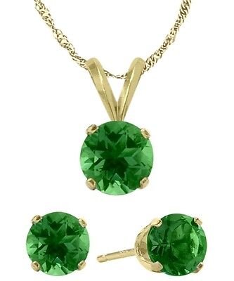 14K YG Created 1.35tcw. Emerald Solitaire Pendant and Earrings Set